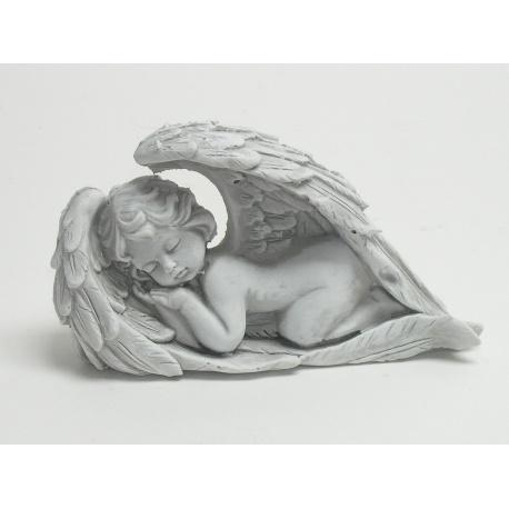 Anjel ležiaci v krídlach 18 x 11 cm